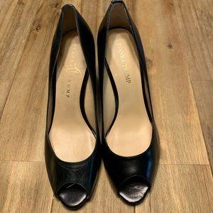 Ivanka Trump Cleo Pumps, 8.5, black leather, comfy